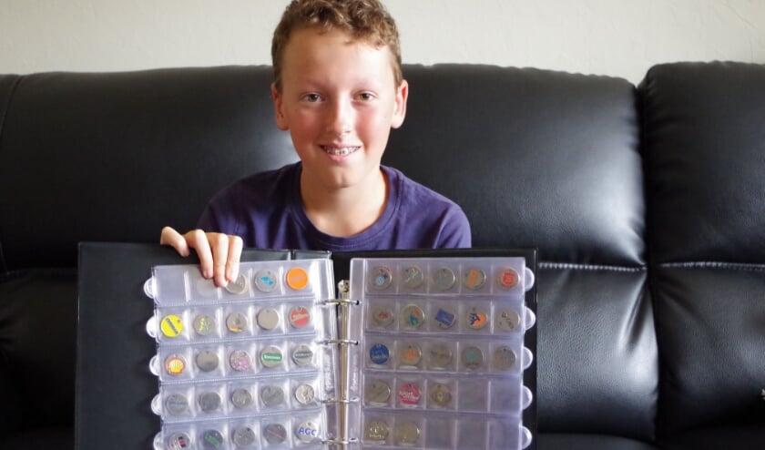 <p>Ruben verzamelt muntjes van winkelwagens en heeft er 150 bij elkaar. Hij zoekt er nog meer.</p>