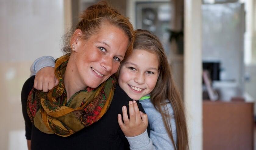 <p>Home-Start Drechtsteden biedt opvoedondersteuning in gezinnen met opgroeiende kinderen, in Zwijndrecht en Hendrik-Ido-Ambacht.</p>