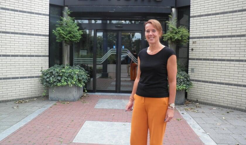 <p>Ruth Smits moet door de coronacrisis noodgedwongen haar 2B-Home Event Centre sluiten. Foto Kees van Rongen</p>