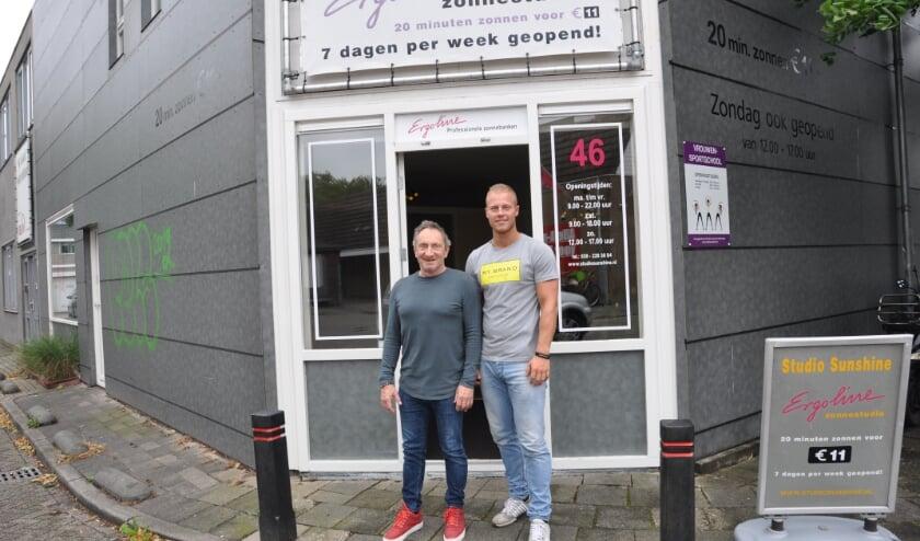 <p>Na 26 jaar draagt Harry Lavino zijn &#39;kindje&#39; over aan Damian van den Brink. Foto: Julie Houben</p>