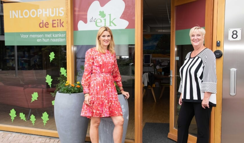 <p>Inloophuis De Eik is weer open.</p>