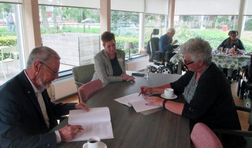 Ondertekening overeenkomst SSV en ZDB