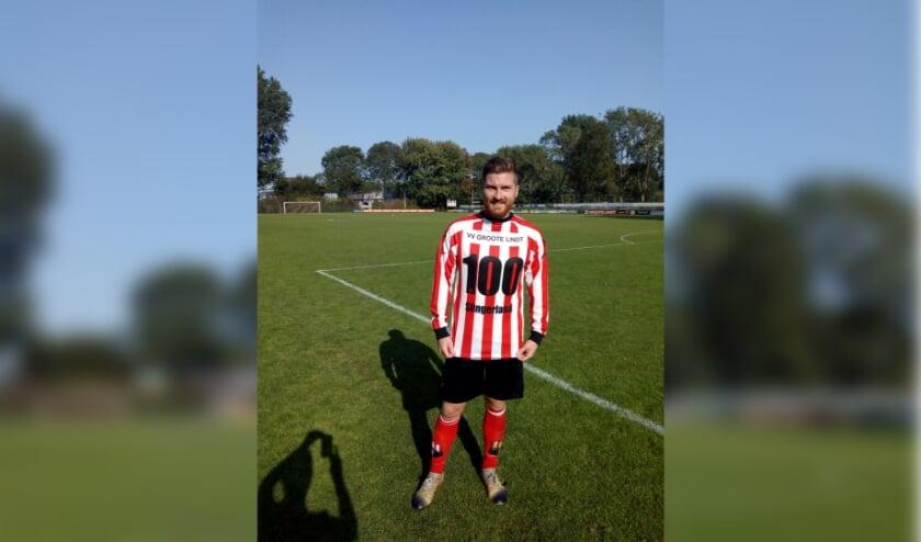 <p>Man of the Match Michael Slingerland maakte zijn 100e competitiedoelpunt in het rood-witte shirt van Groote Lindt. (Foto: pr)</p>