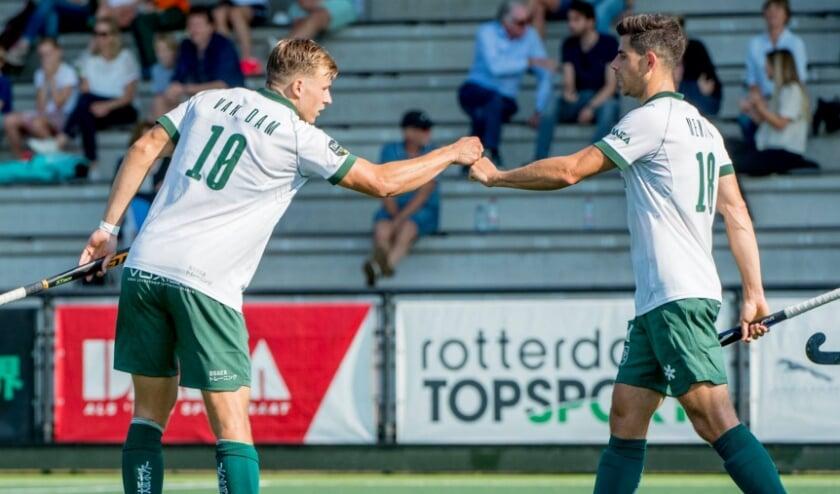 Thijs van Dam (links) en Joaquim Menini waren zondag de doelpuntenmakers in het 2-2 gelijkspel tegen Kampong. (Foto: Ruud Stork)