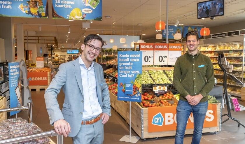 <p>Albert Heijn Apeldoorn Zuid weer open. V.l.n.r. supermarktmanager Thijmen de Groot en assistent Martijn Foole. Foto: Albert Heijn/Ruben Schipper </p>