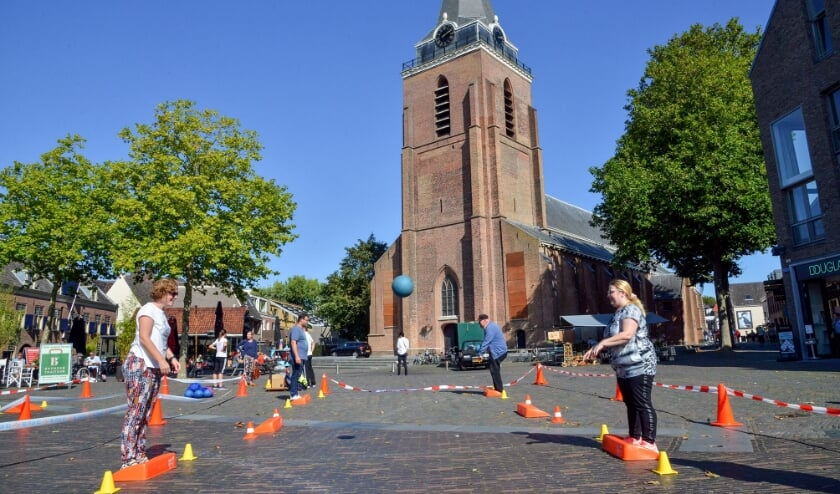 Woerden 18-09-2020 Kerkplein Aftrap Nationale Sportweek met Stoepranden