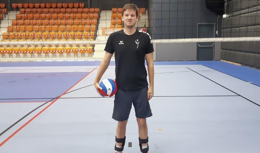 Rogier van Leeuwen kijkt reikhalzend uit naar de Eredivisie.