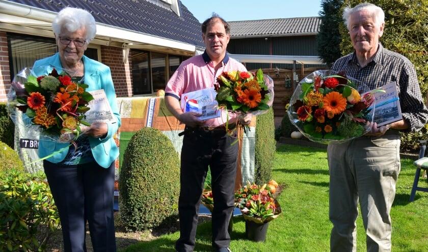 Van links af Fennie Bijsterbosch- Beekhuis, Ronnie Schuurman en Giep Veerman.