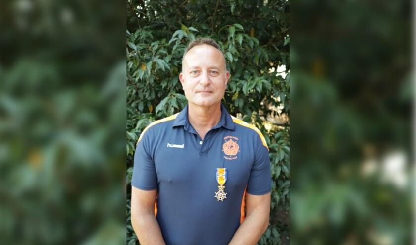 <p>Oud-militair Edwin de Wolf is in Doorn koninklijk onderscheiden.&nbsp;</p>