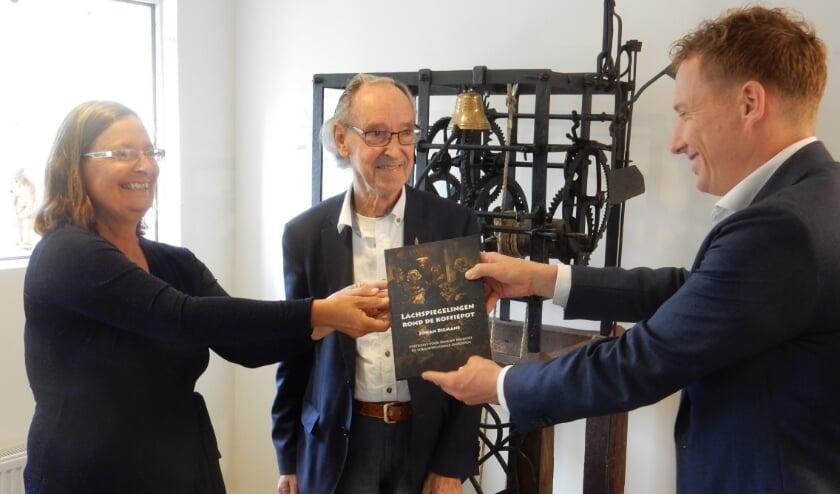 <p>Het is verkrijgbaar bij de boekhandel of te bestellen via jhc.biemans@kpnmail.nl Foto: Theo Schoenmakers</p>