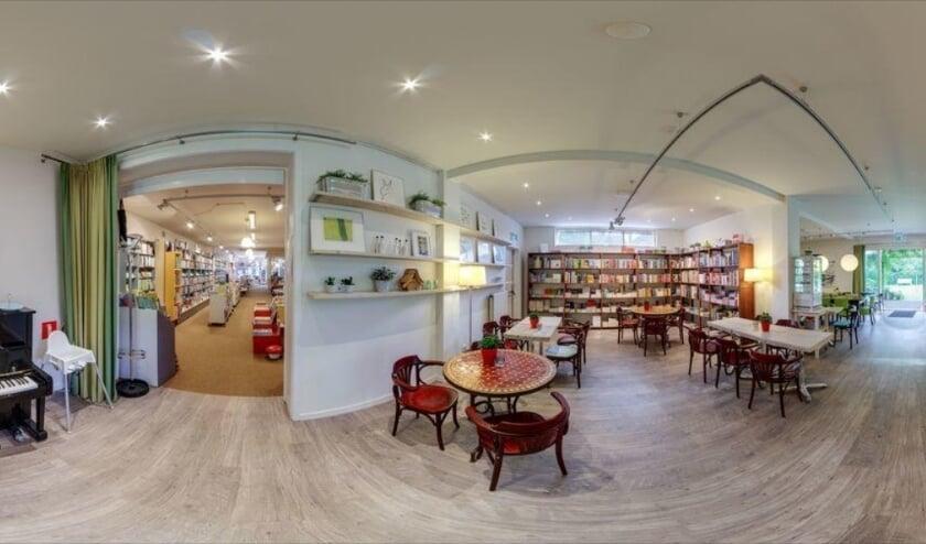 <p>De ruimte achterin de boekhandel is de afgelopen jaren uitgegroeid tot cultureel podium en ontmoetingsplek.</p>