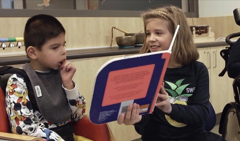 Still uit het YouTube-filmpje over de Toegankelijkheidsprijs van 2019. Winnaar was toen Kindcentrum Meerlaer, die speciaal en regulier onderwijs en opvang combineert.
