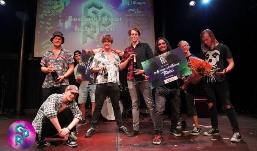 De bands Lucky Blue en The Frontiers gingen er met de prijzen vandoor.