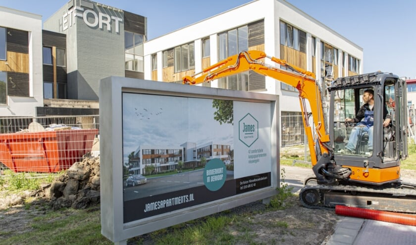 <p>Mede door deze bijdrage kan de openbare ruimte in de van oorsprong kantorenwijk zo ingericht worden, dat je er prettig kunt wonen, leven en recre&euml;ren. Foto: Neeltje Kleijn</p>