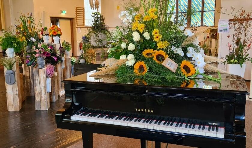 Arrangeur Angelique maakte een speciaal 'bloemenduet' voor op de piano.