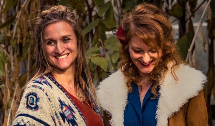 <p>Imke Loeffen en Mariska Petrovic van Garden in Gloom.</p>