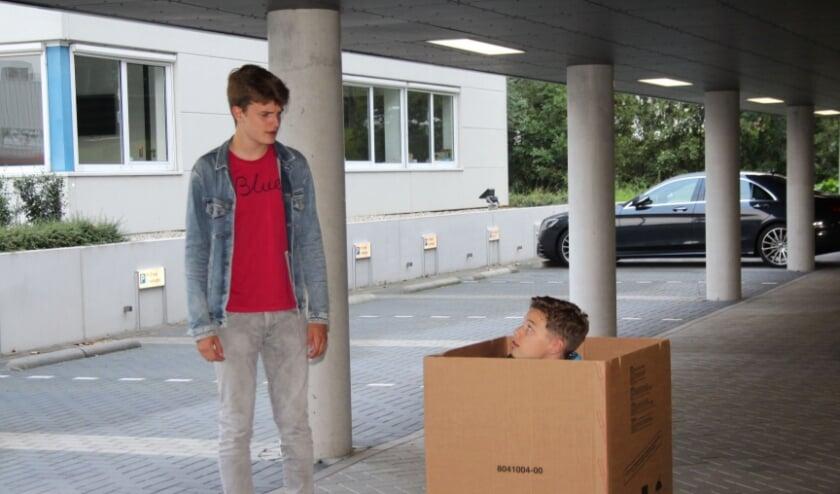 Er is door jong en oud al volop gerepeteerd; op bijzondere locaties, zoals een overdekte parkeerplaats. (Foto: Lysette Verwegen)