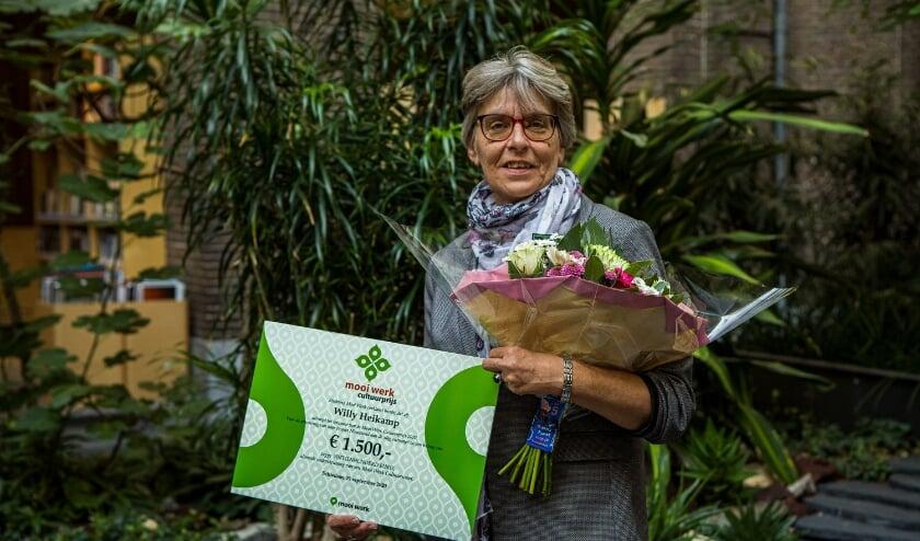 <p>De winnaar van de Mooi Werk Cultuurprijs is Willy Heikamp met &#39;Nieuwland aan de Slag&#39;. (Foto: Look J. Boden)</p>