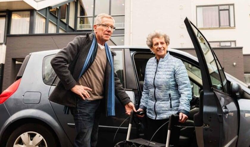 <p>Als ANWB AutoMaatje help je ge&iuml;soleerde ouderen weer de maatschappij in.&nbsp;</p>