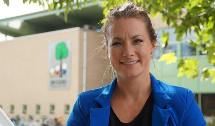<p>Eefke van Schaijk is de nieuwe directeur van OBS De Bogerd in Rossum. Corona maakt haar functie nog uitdagender.</p>