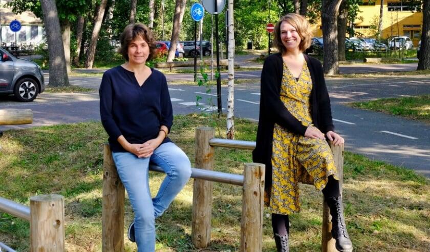 Karla de Paauw en Jessica Willems van de Vrijwilligerscentrale Zeist.