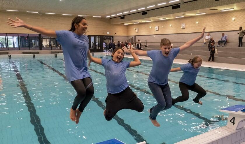 <p>Aquapelle is officieel geopend. Tijd voor een sprong in het water! (Foto: Wijntjes Fotografie)&nbsp;</p>