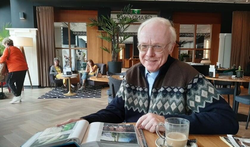 <p>Voor Zeistenaar en katholiek Han Leushuis (60) is het (katholieke) geloof meer dan springlevend.</p>