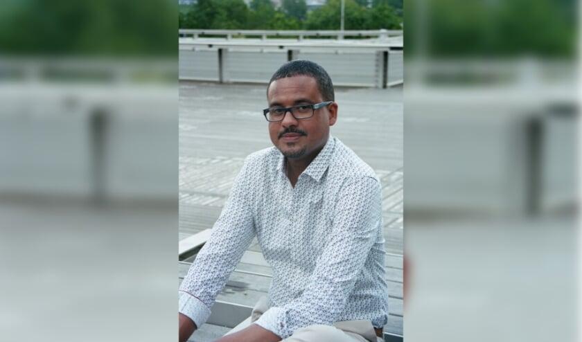 <p>David Diop is &eacute;&eacute;n van de winnaars van de Europese Literatuurprijs. De prijs wordt tijdens Crossing Border uitgereikt.</p>