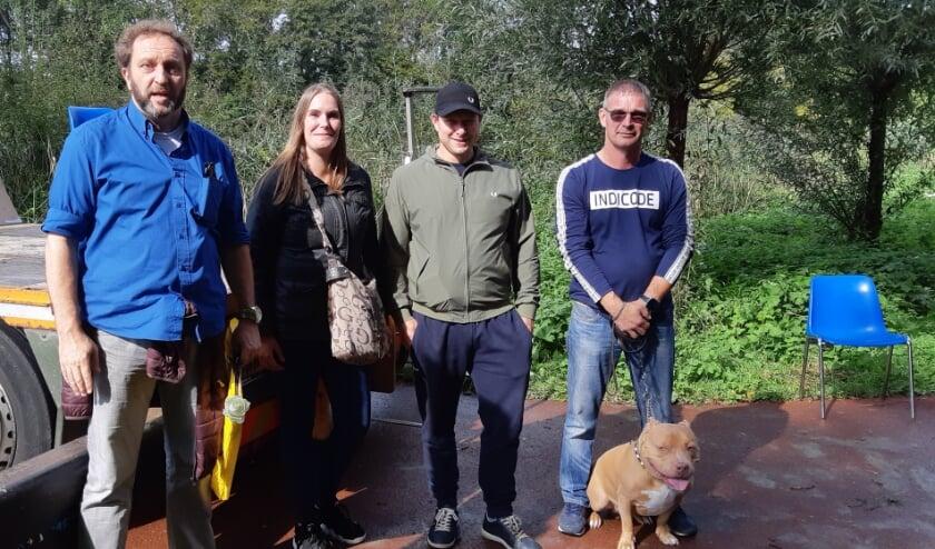 Michel met zijn teamgenoten Natalie, Nordin en Remco. Zij vochten hard voor de totstandkoming van dit monument.