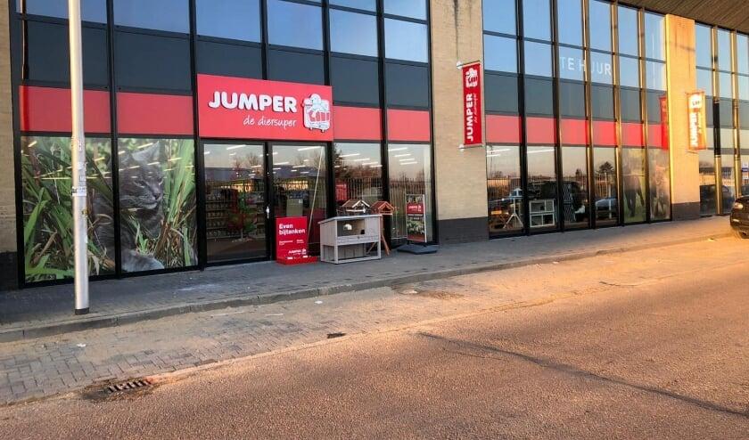 <p>Jumper gaat naar de Woonboulevard.</p>
