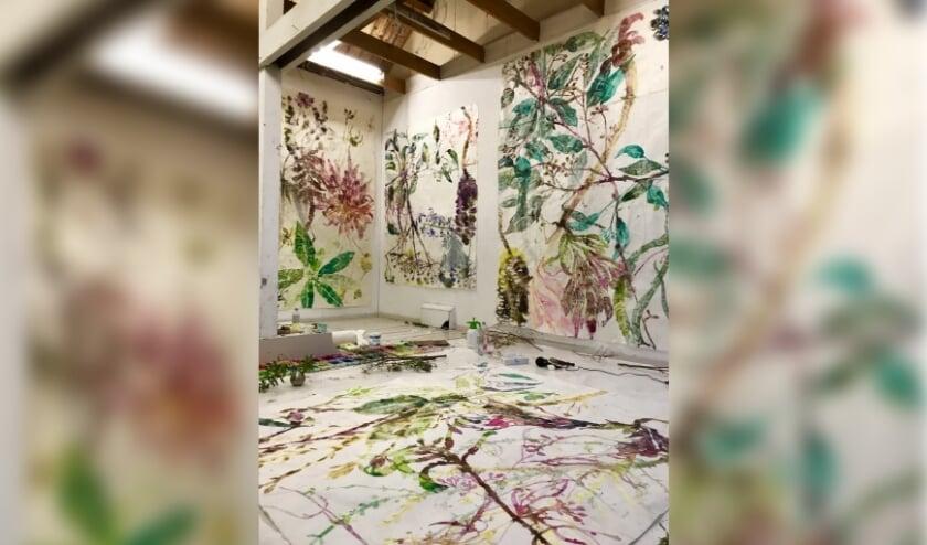 <p>It&#39;s a Jungle is de titel van de nieuwe expositie van Moving Gallery. Foto: Jolanda Schouten</p>