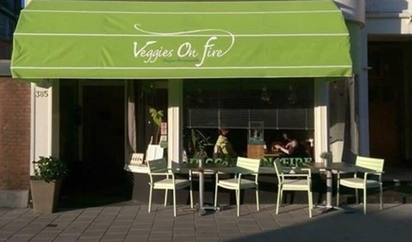 <p>Veggies on Fire op de Beeklaan sleepte al voor de tweede keer op rij de duurzaamheidsprijs in de wacht</p>