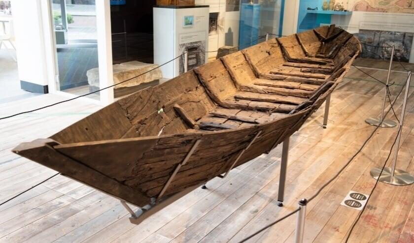 De iconische punter van 750 jaar geleden is nu te zien in Museum Rotterdam (Foto: Lotte Stekelenburg)