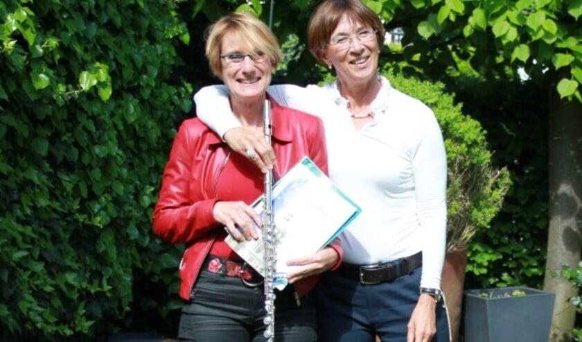 Birgit Sachtleven en Kirsten van Oort. (foto: Ria Schreurs)