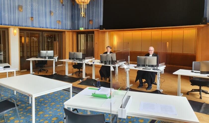 <p>Een zitting van de rechtbank in Stadstheater Arnhem.</p>