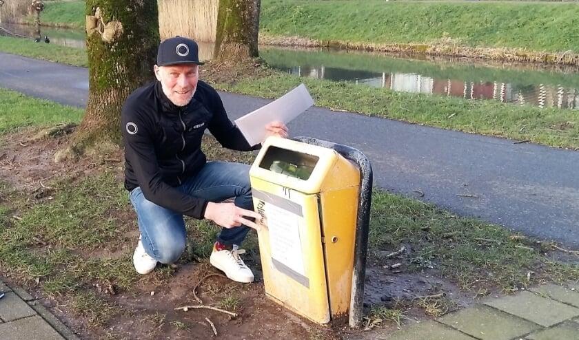 <p>No Plastic Runner Erik Wierstra hoopt met zijn acties mensen bewust te maken van het zwerfvuilprobleem. Foto: Karin Doornbos</p>