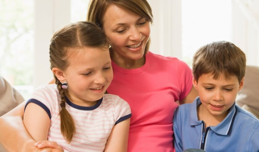 Voorlezen zorgt voor een betere woordenschat en onvergetelijke momenten tussen (groot)ouder en (klein)kind.