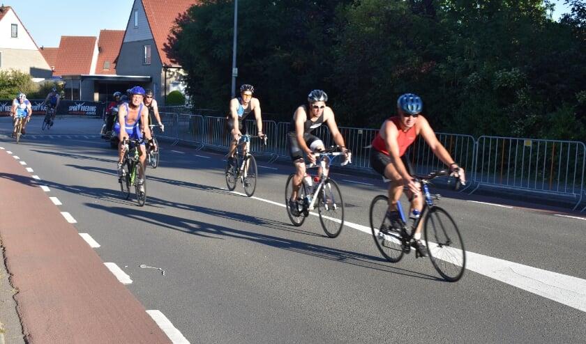 <p>Moet Triathlon Holten dit jaar misschien op een andere manier worden gehouden? (Foto: Jolien van Gaalen)</p>