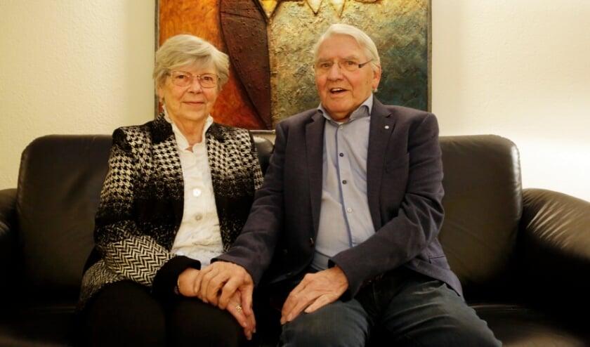<p>&nbsp;Jan en Corry van Lierop-Brans, al zestig jaar een gelukkig echtpaar. Foto: Jurgen van Hoof</p>