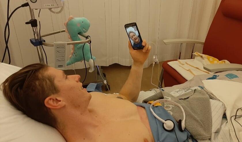 Telefoongesprek tussen Wilbert en zijn schoonmoeder na de niertransplantatie