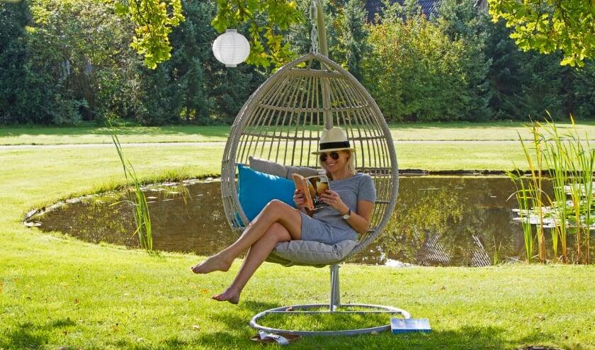 <p>Lekker ontspannen in het vakantiepark, het kan ook deze zomer weer</p>