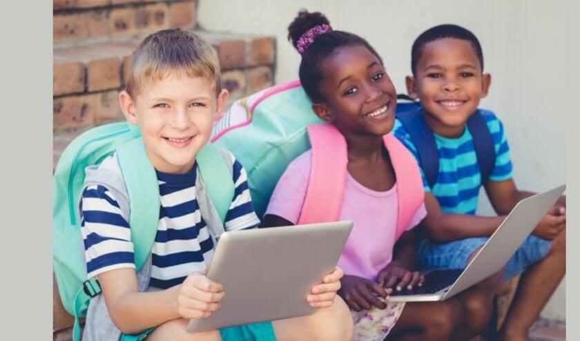 <p>Het Centrum voor Jeugd en Gezin (CJG) houdt 19 januari van 20.00 tot 21.30 uur een webinar over Kind en Media voor ouders van kinderen van 9 tot en met 12 jaar </p>
