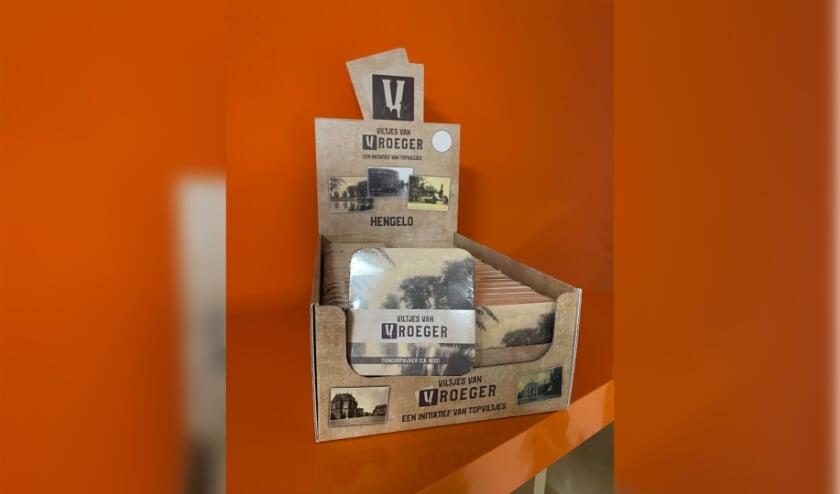 <p>De viltjes zijn te koop per pakje van 10 stuks met afbeeldingen van bekende plekken in Hengelo.</p>