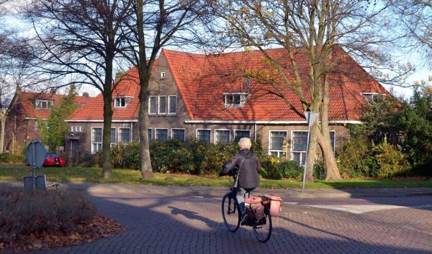 <p>De te slopen school bij de Kethelweg. Foto Frans Assenberg.</p>