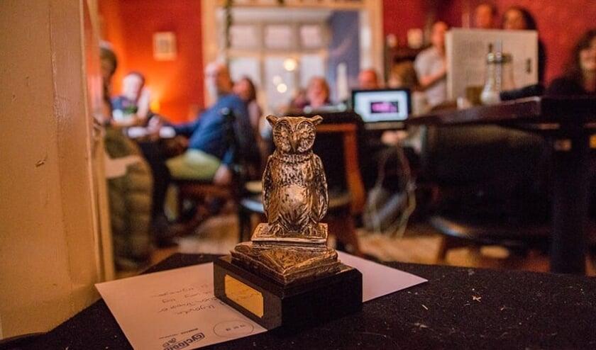<p>De trofee van de Nijmeegse Cultuurquiz.</p>