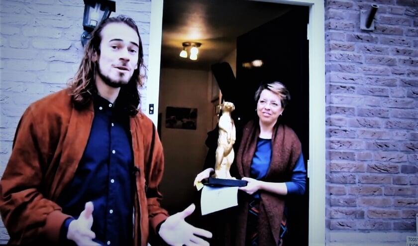<p>Het Gouden Stokstaartje ging naar Marieke van Trage Post. (Online)foto: Johan Maaswinkel</p>