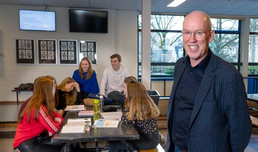 """<p>Maarten Delen (directeur Liemers College): """"Omdat we vier locaties hebben, ervaren onze leerlingen het Liemers College helemaal niet als een grote school. Onze medewerkers kennen de leerlingen en andersom.""""</p>"""