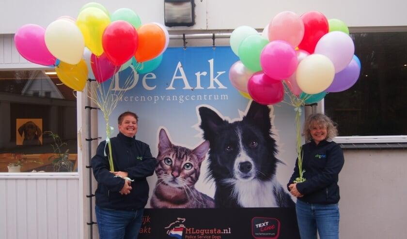 <p>Esther en Judy van Zorgdat - Servicepunt Vrijwilligerswerk.</p>