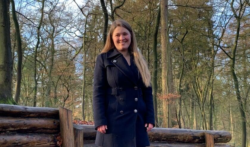 <p>Hattems jongste raadslid Judith van Duinen is regelmatig te vinden in Molecaten: &quot;Heerlijk om je hoofd leeg te maken.&quot;(foto: Willem Gunneman)</p>