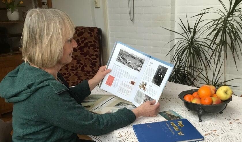 <p>Joke Pieters-Keemink uit Ermelo voltooide in oktober 2020 een familieboek, waarin zij vele kostbare herinneringen heeft opgeslagen.&nbsp;</p>